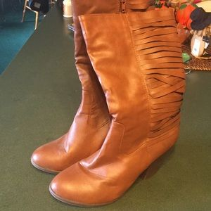 A.x.n.y. Boots ,size 8.50